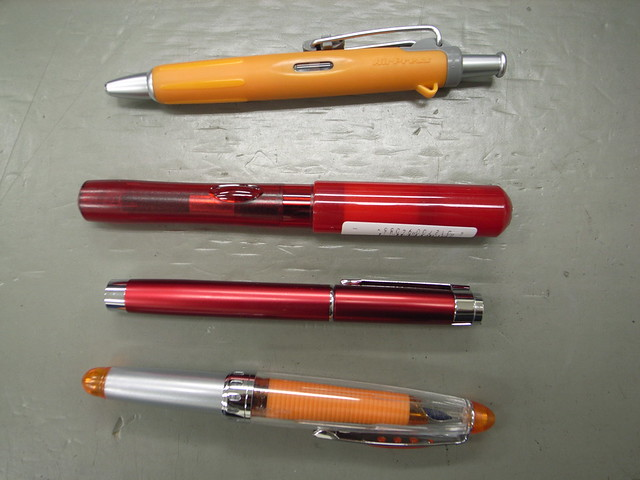 赤ペンおすすめ人気ランキングTOP3・口コミ・種類と選び方