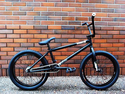 flybikes LUNA 01