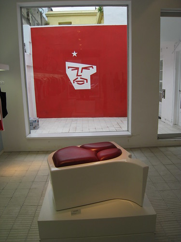 7th September 2008: El Che and Bife Chair, No Brand Shop, Palermo
