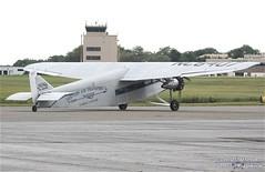 N8407-3 (PHLAIRLINE.COM) Tags: plane aviation flight airline planes trenton bizjet ttn trentonmercerairport