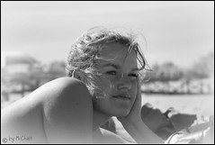 Spain 2008 (MiChaH) Tags: portrait bw holiday beach strand vakantie spain amy zwartwit portret spanje costadelaluz puntadelmoral