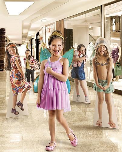 フリー画像| 人物写真| 子供ポートレイト| 外国の子供| 少女/女の子| ブラジル人| コスチューム|     フリー素材|