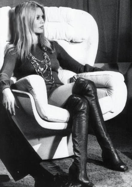 bardot-chair