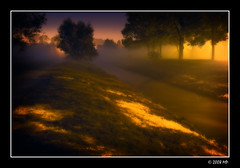 misty evening (Mariusz Petelicki) Tags: misty fog evening mga wieczr canon400d aplusphoto mglisty mariuszpetelicki