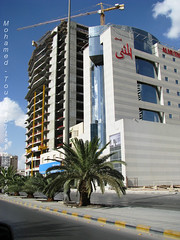 Al Wassil Tower - under construction in Riyad (-Mohamed-) Tags: blue tower skyscraper mall al construction open gulf centre kingdom center east ciel saudi arabia highrise middle orient now riyadh novotel ksa gratte riyad moyen centria anoud wassil 3anoud thebleu