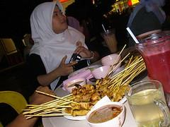 aPA300157 (johnpenang) Tags: makan satey rajautara carigold
