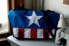 Captain America Bag (Adam A.) Tags: bike bicycle bag messenger courier messengerbag xstrap zugster deluxemessengerbag