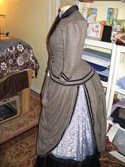 Skirt split