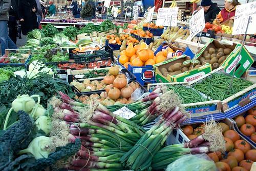Milan street market