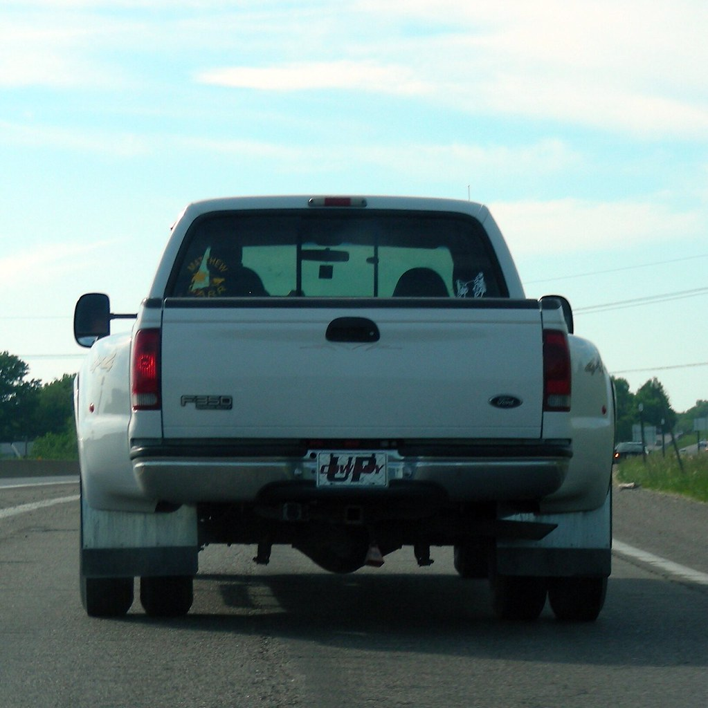Dually- No License plate/Mystery solved...