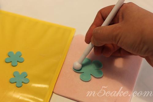 Luau cupcakes - 16