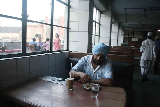 Photo Essay – The Aloneness of a Man in Indian Coffee House