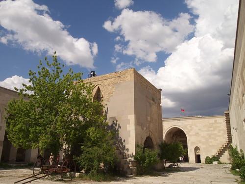 Sultanhani驛站內開放式的庭園