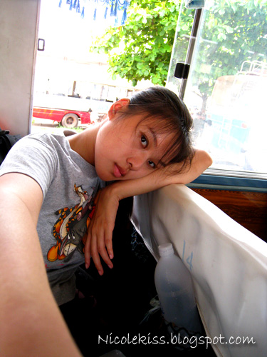 me feeling bored on bus