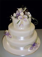 2440160419 0d6492ce67 m Baú de ideias: Casamento com lilás, roxo, violeta ou lavanda