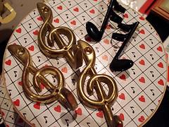 Flea Market Finds- June 7 (ILIKEITTOOTOO) Tags: vintage hearts 80s boxes eighties hooks trebleclef musicnotes fleamarketfinds ilikeittootoo