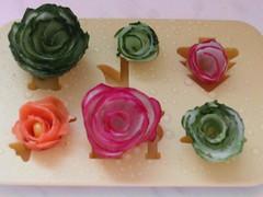 Розы из овощей