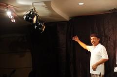 Teater Monodrama 'Jual Ubat' - Khalid Salleh #06 (Roslan Tangah (aka Rasso)) Tags: show people art d50 photography 50mm mono nikon stage malaysia malaysian khalid johor larkin ubat teater alam dbp monodrama jualubat teatermonodramajualubatmonodramateaterjual ubatmalaysiaartdbpmalaysianpeoplestageshowjohorteater sallehsenianak alampenggiatsenimansandiwaramonodramateaterjual alammonodramateaterjual khalidsalleh persatuanpenulisjohor larkinperdana balaiseminardbpwilayahselatan dewanbahasadanpustaka pementasan
