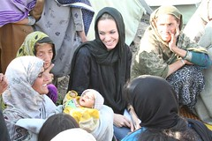 Angelina Jolie,Pakistan (UNHCR) Tags: pakistan refugee refugees angelinajolie un migration shelter asylum protection crisis unhcr flchtling displacement migrants refugiados migrante refugiado migranti rfugi refugie fluechtlinge  kurdistan4all kurdistan2008 statelessness unitednationsrefugeeagency kurdistan2009
