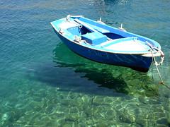 Crystal waters (angelspayro) Tags: blue shadow sea white fish water boat mar barca ombra aegean greece waters blau blanc symi aigua peixos grcia aiges egeu