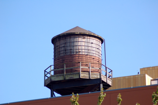 081508_pearl_water_tower