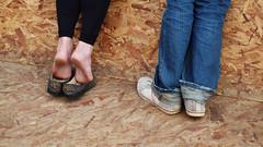 """there.. there!"" (duineser) Tags: wood venice feet scotland candid tourists sneakers jeans biennale venise venezia soles venedig piedi legno scottishpavillion benetke mostrainternazionalediarchitettura piazzaledellastazionesantalucia padiglionescozzese agatheringspace unluogodiritrovo"