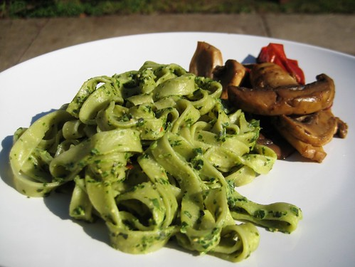 fresh spinach pasta with pesto