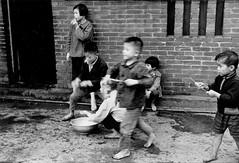 黑白童年-自制水槍
