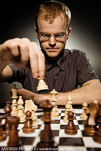 Chess master making smart move by NejroN.