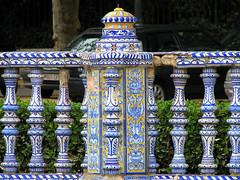 Plaza de España  (detalles) (Graça Vargas) Tags: españa art canon sevilla spain tiles plazadeespaña azulejos graçavargas ©2008graçavargasallrightsreserved 5107060109