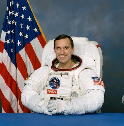 L'Astronaute Carl WALZ prend sa retraite 3082545323_cb5397271d