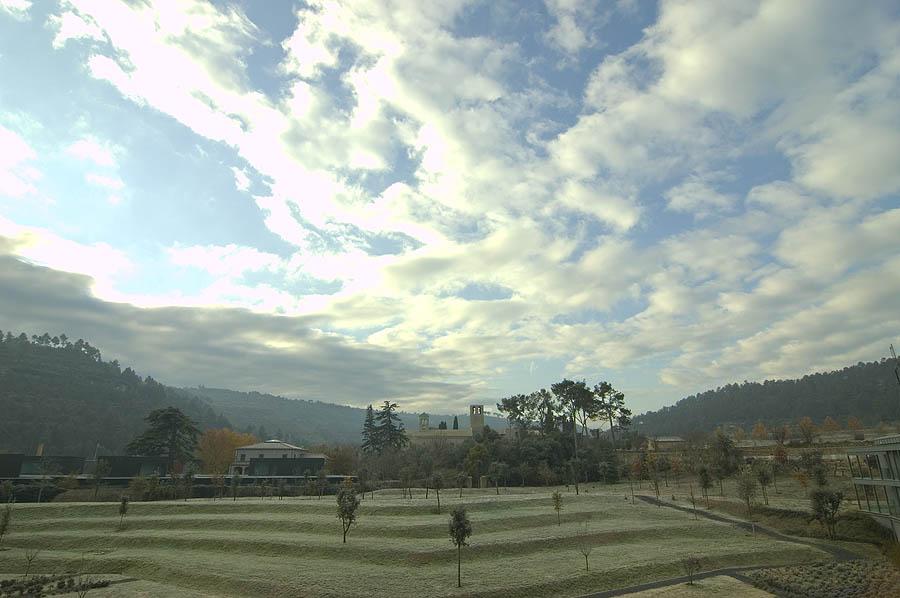Una vista del monasterio desde el hotel