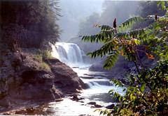 097 Letchworth - Lower Falls (FotoManiacNYC) Tags: ny newyork nature river dam empty dry canyon glen waterfalls drought gorge fingerlakes dryseason grandcanyonoftheeast