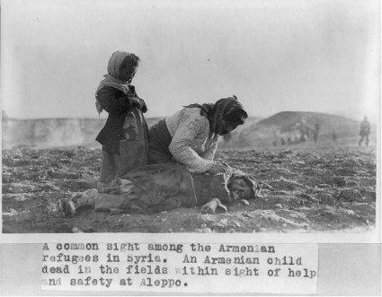 11e16 Dead Armenian girl in Aleppo desert Genocidio armenio