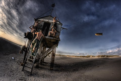 Waiting for rescue (Huub van den Hengel) Tags: rescue beach terschelling strand lost wadden dunes surreal wad duinen schylge oerol endoftheworld postapocalyptic oosterend shipwrecked drenkelingenhuisje boschplaat amelandergat hskeopehoek