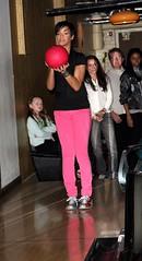 rihanna bowling2