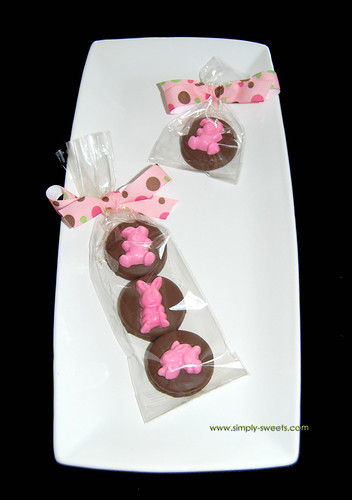 Bunny chocolate dipped oreos