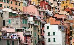 Vernazza (baicin) Tags: sea liguria cinqueterre vernazza eos350d riomaggiore 5terre beautifullandscape fivelands italiansea