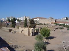 Aljibe de la Alcazaba (Merida) (Csar Atanes) Tags: espaa water spain ruins merida arabe arabian alcazaba extremadura aljibe
