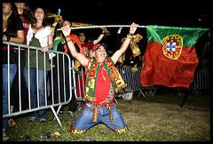 EURO2008 (Helder Olino) Tags: parque people portugal turkey team pessoas exterior lisboa lisbon flag soccer victoria nikond70s victory jogo futebol turquia bandeiras equipa liboa parqueeduardovii adeptos marquesdepombal euro2008 removedfromspeedlightforlackoftags olino helderolino wwwhelderolinocom