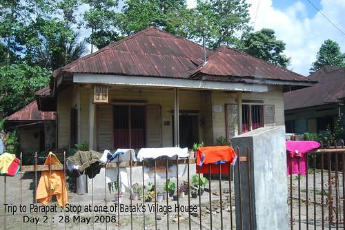 Trip to Parapat : Batak Modern House