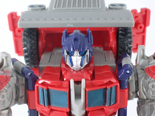Optimus Prime Movie Voyager - modo robot