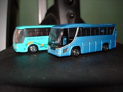 DSC03836 (I-cocoy22-I) Tags: bus toy model queen hino fuso mitsubishi aero tomica selega
