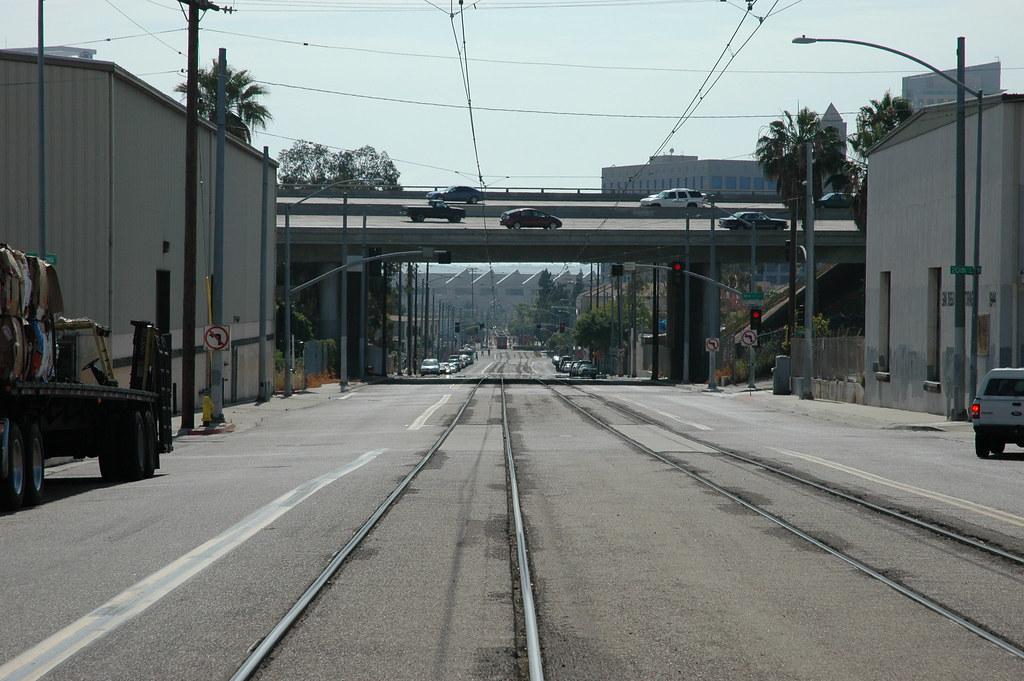 Decrepit San Diego: forlorn Commercial St.