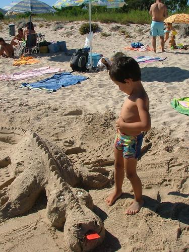 La Spiaggia di Pineta Mugoni: Andrea e i giochi di sabbia