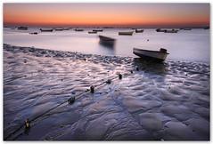 Ella baila sola (Silvia de Luque) Tags: longexposure sunset españa boats atardecer andalucía spain bravo barcas cádiz soe largaexposición sanlúcardebarrameda alhambra2006 silviadeluque infinestyle thegoldendreams oraclex