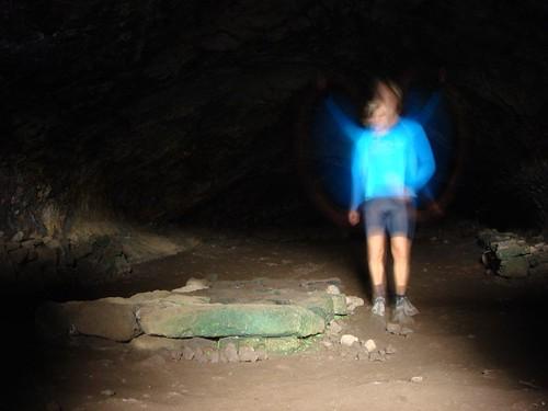 Ana Kakenga Cave, Rapa Nui.