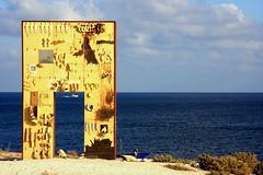 porta d'europa (set) (amemainda) Tags: sicilia sud lampedusa immigrazione portadeuropa sfidephotoamatori sfidephotoamatoriwinner portadilampedusa