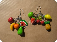 Tuttifrutti earrings, fimo polymerclay - orecchini multivitamina =) (*Merylu*  PetiteFraise) Tags: summer color fruit handicraft necklace estate handmade craft jewelry bijoux polymerclay fimo clay earrings frutta multicolor picnik jewellry tuttifrutti polymer collana multivitamin orecchini parure petitefraise merylu