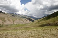 son kul (cienjaal) Tags: regenboog portretten bergen michiel reizen kleur vlees cien landschappen scoubidou kirgistan schelkens sonkul centraalazie